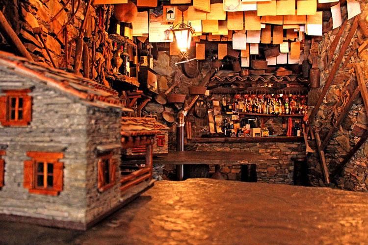 Talasnal - interior