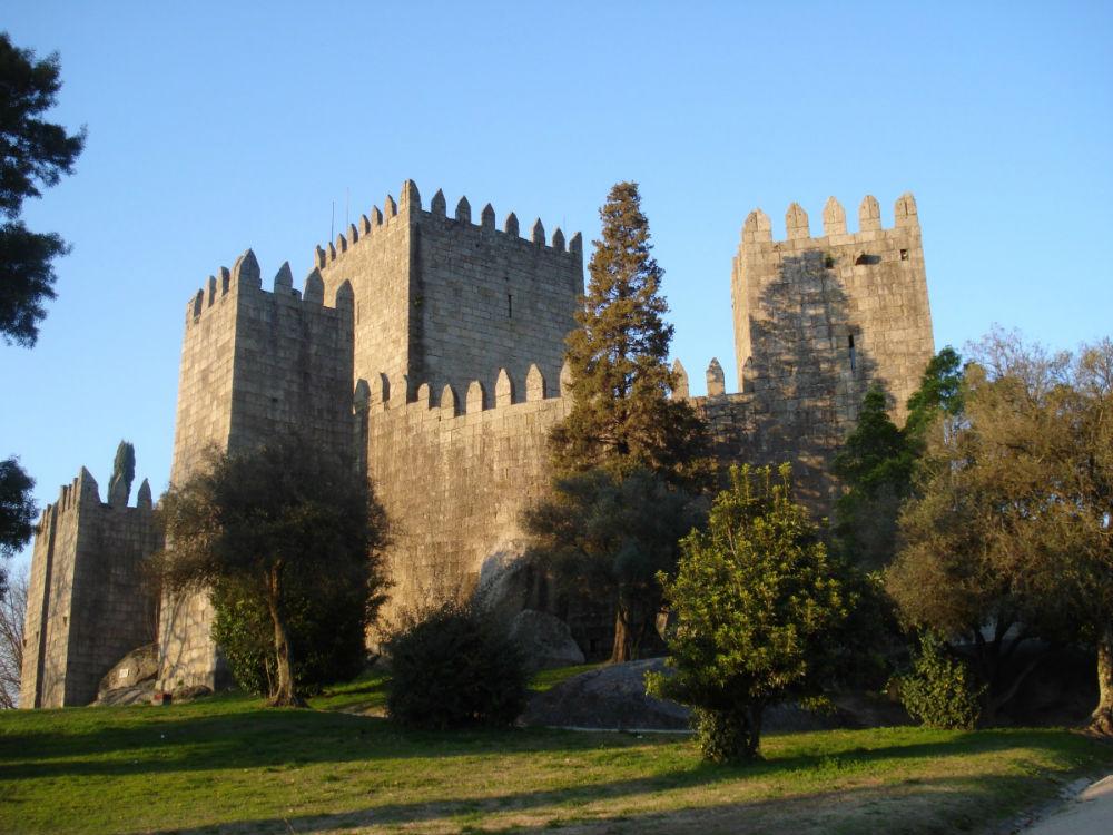 Castelo de Guimarães - Foto: Wikimedia Commons
