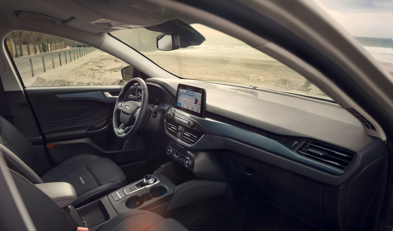 FORD_2018_FOCUS_ACTIVE__14