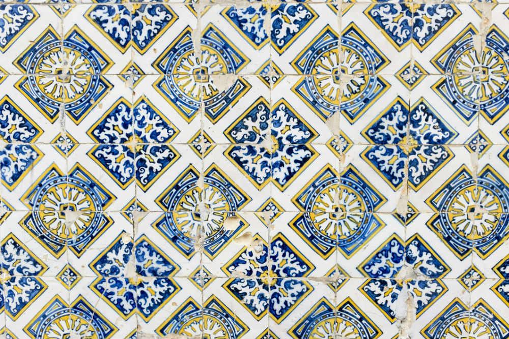 Detalhe de azulejos, Évora. Foto: iStock