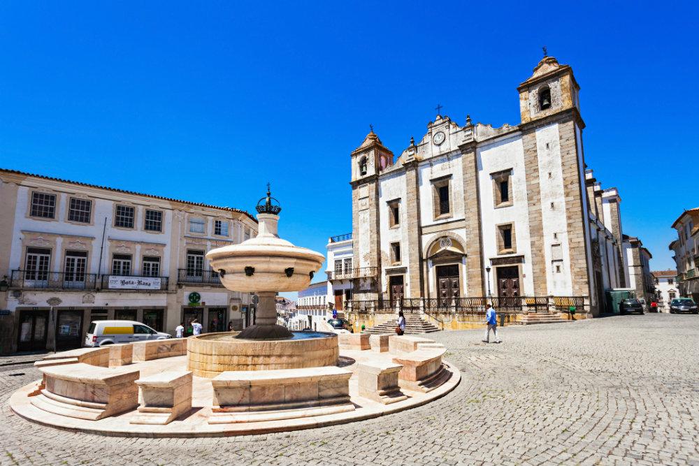 Praça do Giraldo. Foto: iStock